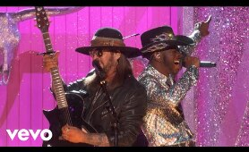 Lil Nas X - Old Town Road / Rodeo (ft. Nas) (LIVE at the 62nd Grammys)